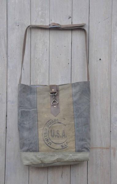 Schultertasche / Tasche UNITED